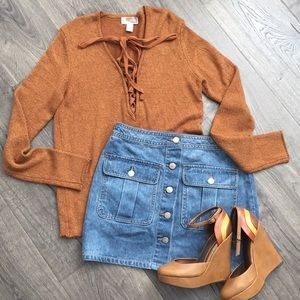 Forever 21 burnt orange sweater ~ Size Medium